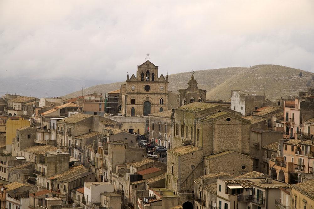 Sicilia, decadono i sindaci di 7 Comuni senza bilancio