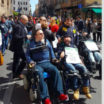 """""""Siamo handicappati non cretini"""", disabili siciliani in marcia per chiedere dignità e diritti"""