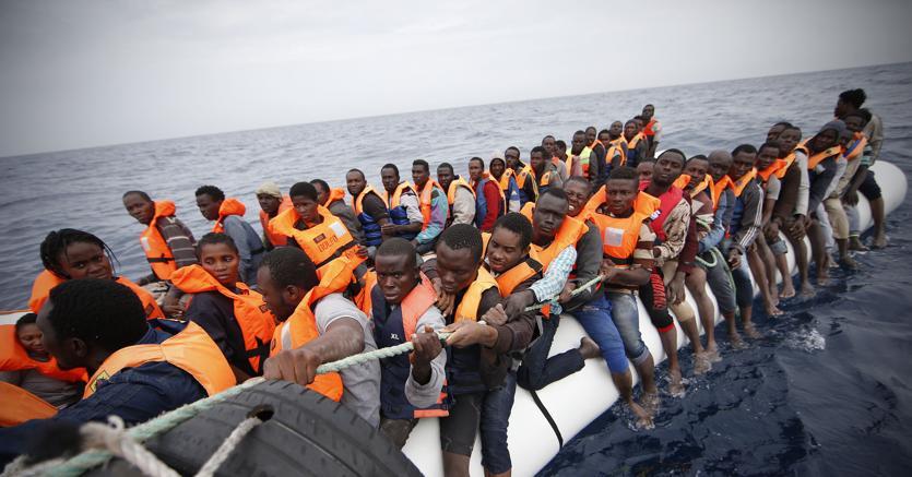 """Migranti, pm Zuccaro accusa le Ong Save The Children: """"Chiediamo che emergano subito le prove"""""""
