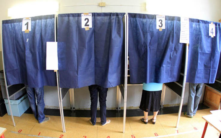 """No alle tende nelle cabine elettorali, M5S: """"Subito in Aula la legge"""""""