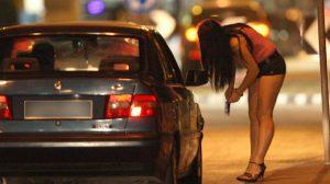 Catania, ordinanza contro prostituzione: multe anche ai clienti
