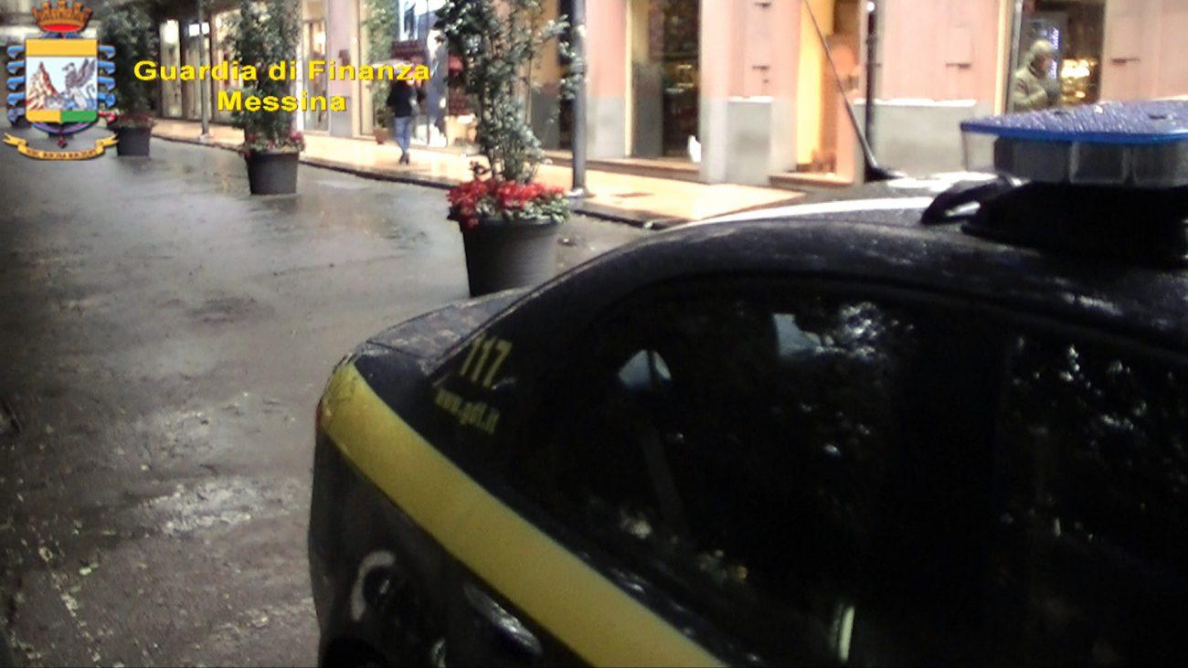 A Messina la truffa sugli sconti: due denunce della Gdf