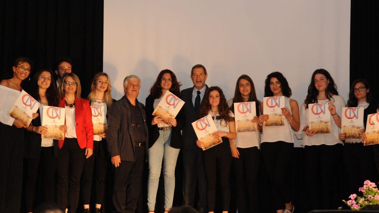 Musumeci premia gli alunni del Convitto nazionale Giovanni Falcone di Palermo