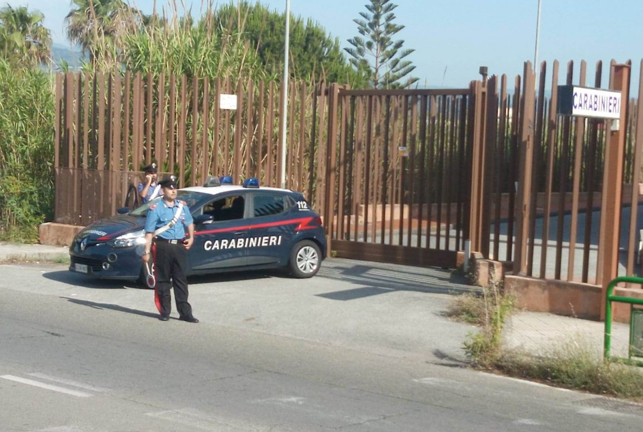 Aggredisce brutalmente in strada una donna, arrestato 34enne a Messina