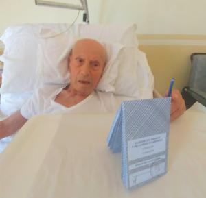 Mario Blangiardi festeggia 100 anni votando alle amministrative