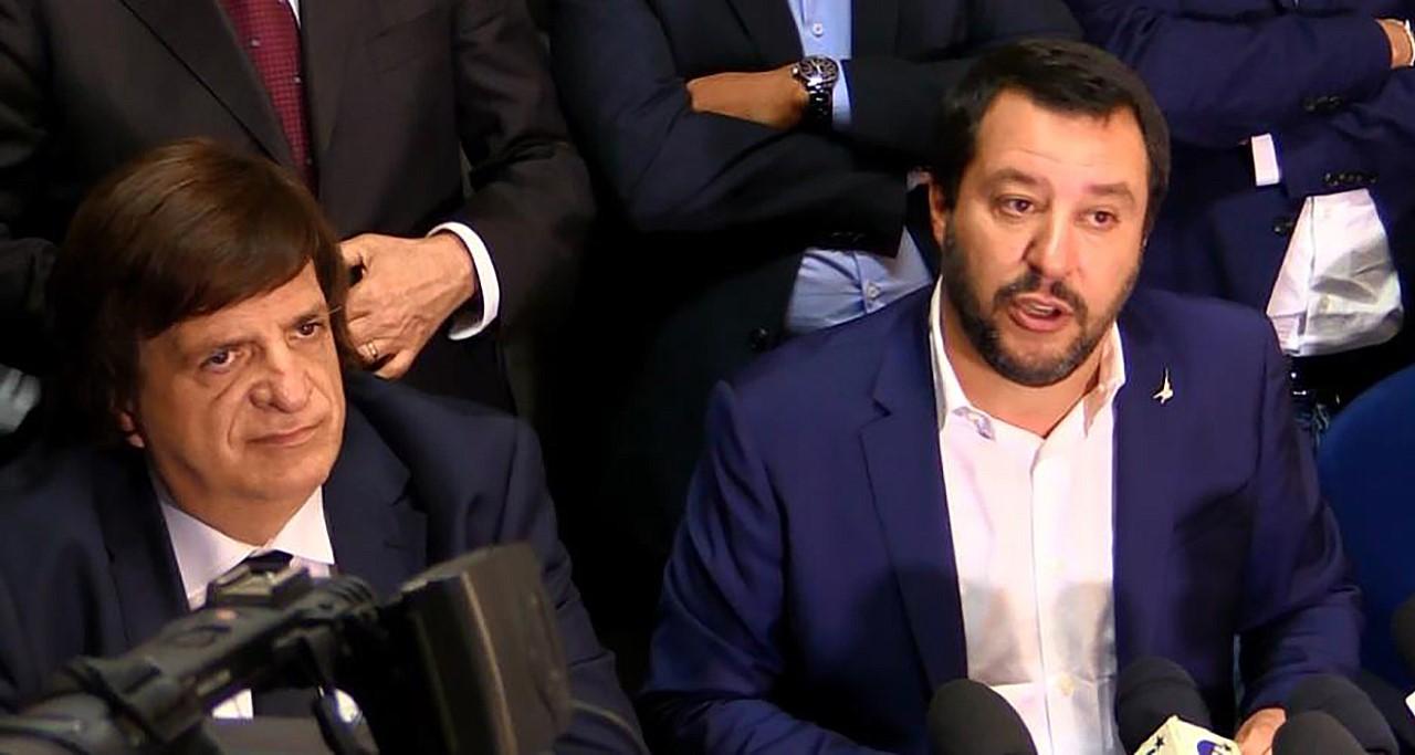 """Salvini: """"Chiuderò Cara Mineo e aumenterò numero delle forze dell'ordine in Sicilia"""""""