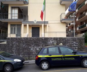 Bancarotta da 2 milioni, arrestato proprietario di un autosalone ad Acireale