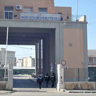 Palermo, chiuso il mercato ortofrutticolo per problemi igenici