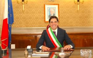 Pogliese azzera i vertici delle società in house del Comune di Catania