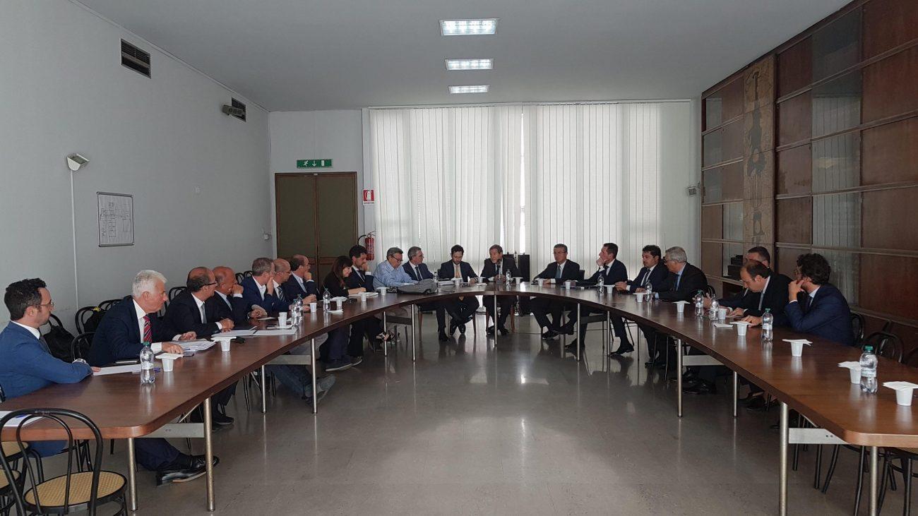 """Aeroporti siciliani, Musumeci: """"Puntiamo ad un sistema unico ed integrato"""""""