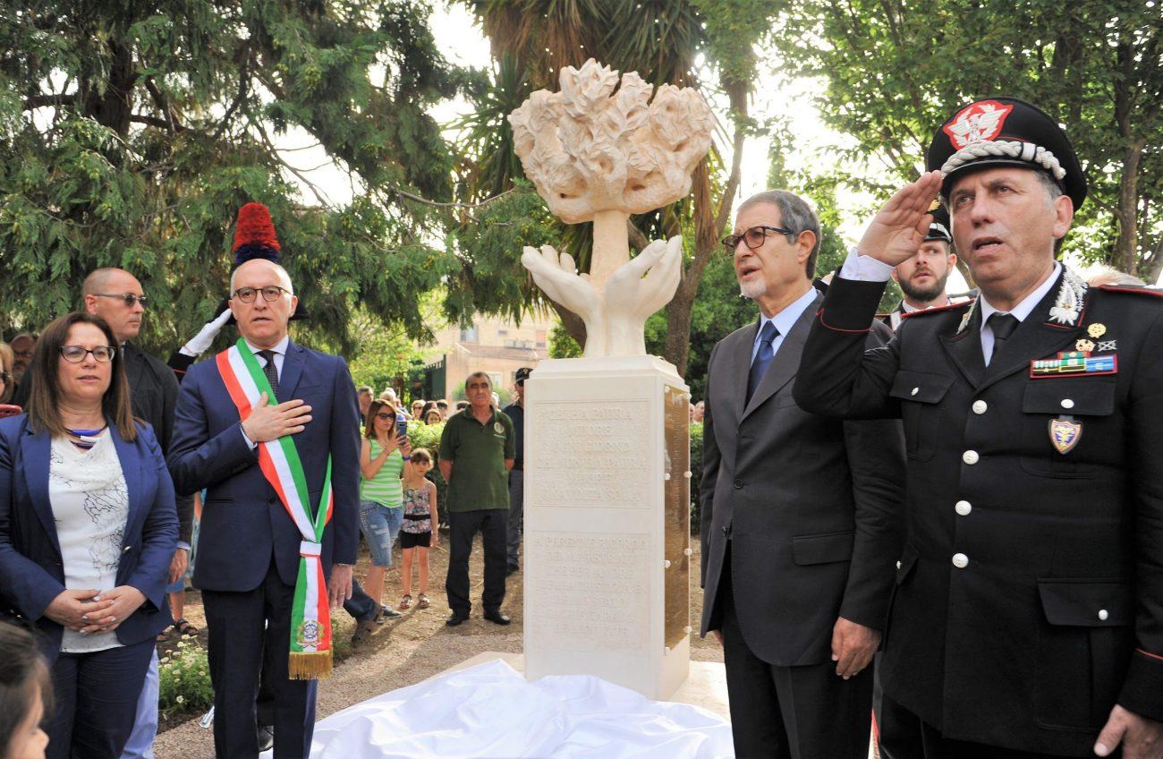 Ciminna, inaugurata stele in memoria dei magistrati vittime della mafia
