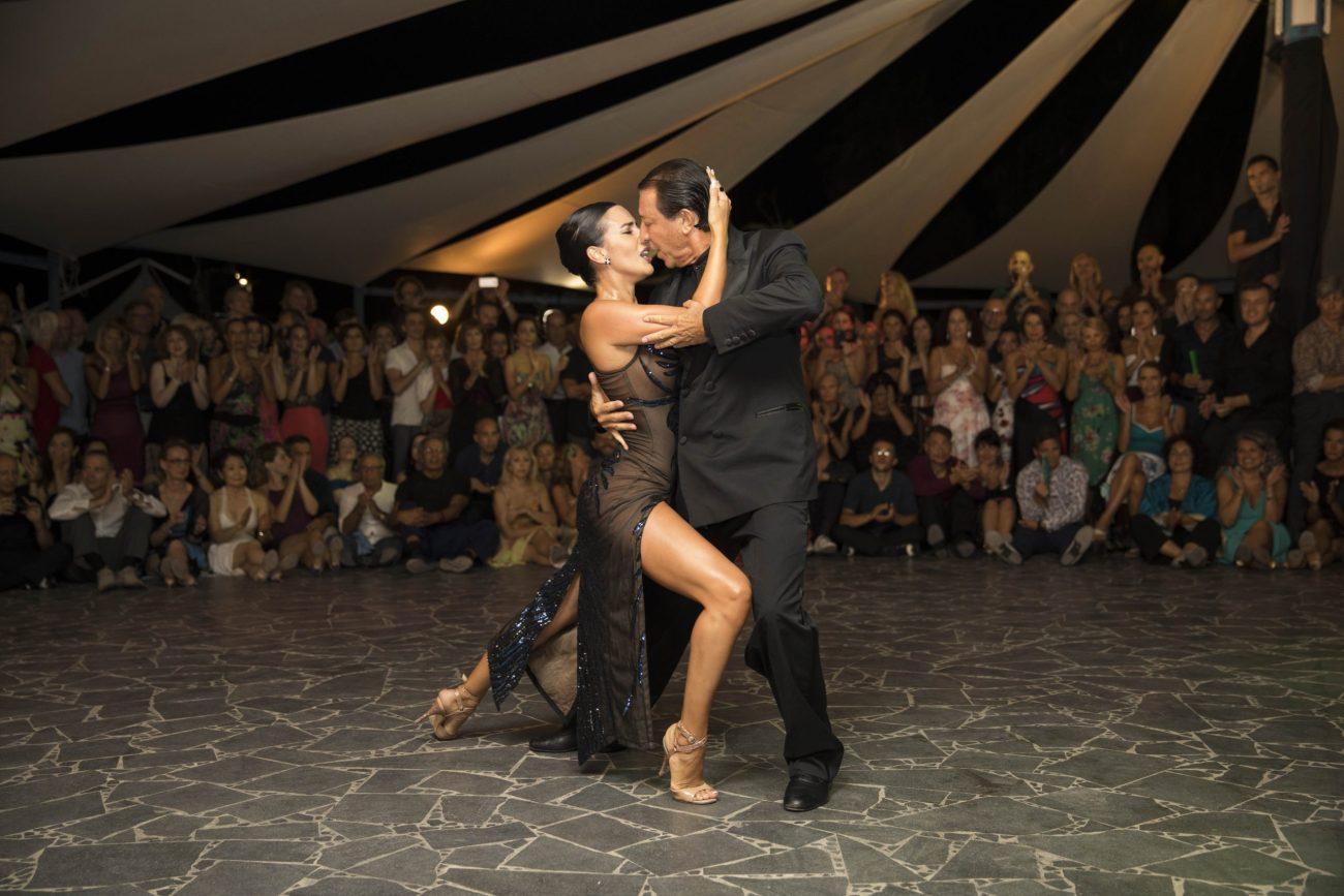 Dal #tango argentino al rock: show unico di Miguel Angel Zotto a Catania