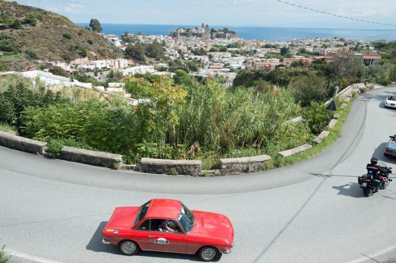Automobilismo, Raid dell'Etna ai nastri di partenza: domani il via