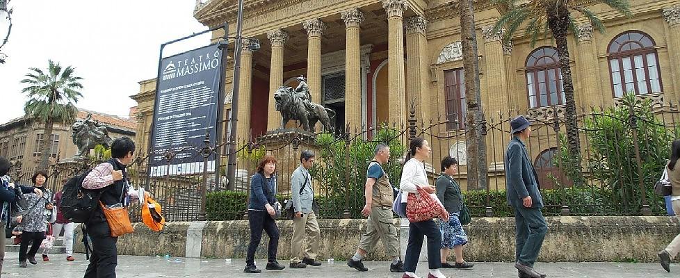 """A Palermo boom dei turisti, Orlando: """"Numeri straordinari"""""""