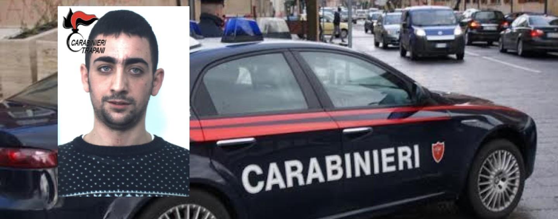 Manomette braccialetto elettronico, arrestato 19enne a Trapani