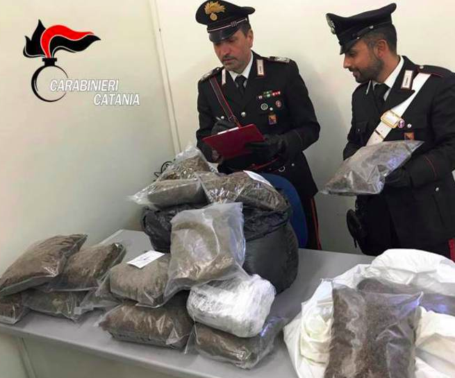 Catania, sequestrati 60 kg di marijuana