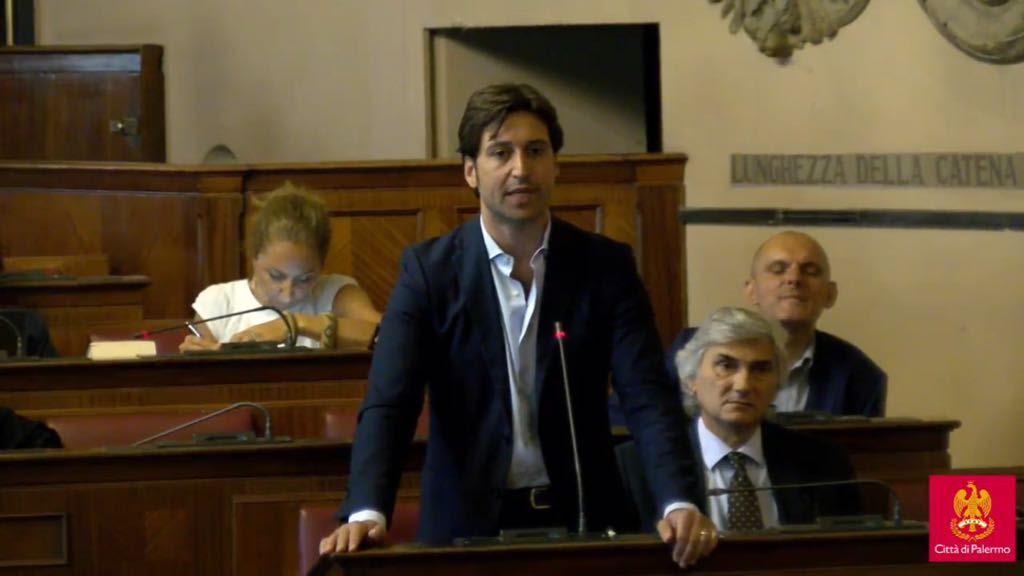 """Emergenza rifiuti, Ferrandelli: """"Palermo nel caos, amministrazione assente"""""""