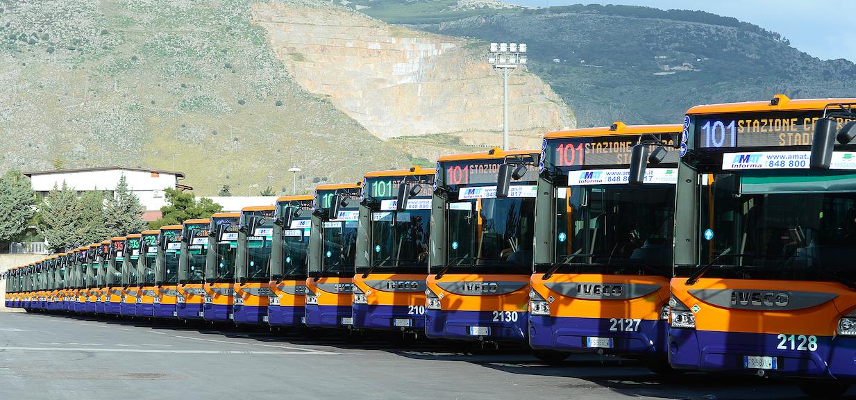 Palermo, in servizio 38 nuovi autobus Amat