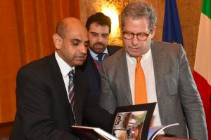 """Miccichè riceve l'ambasciatore Riyaz: """"Pronti a divulgare la cultura pakistana"""""""