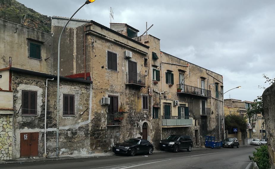 Palermo, riaccesi più di 150 punti luce