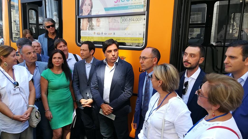 """Catania, presentata campagna di screening """"Io prenoto sull'autobus"""