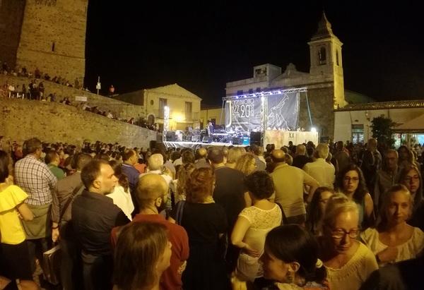 A Castelbuono al via il Jazz Festival con omaggio a De Andrè