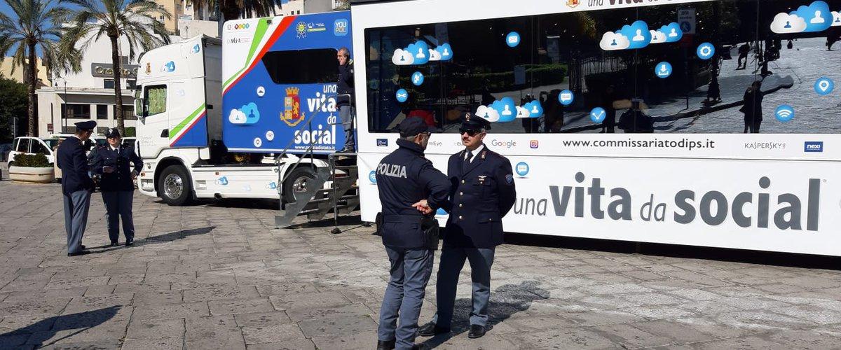 """A Palermo """"Una vita da social"""", campagna su social network e cyberbullismo"""