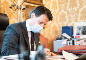 Coronavirus, nuovo Dpcm: sindaci possono chiudere le piazze