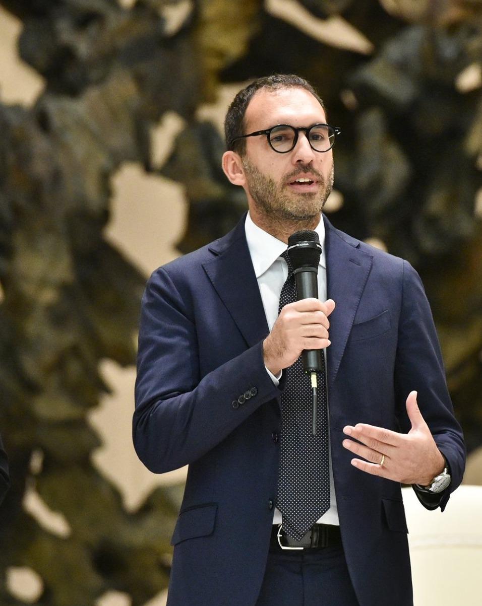 Gabriele Carapezza Figlia interviene sulle norme dei social