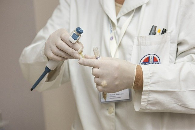 Covid: vaccini, in Sicilia al via prenotazioni per i cittadini dai 65 ai 69 anni