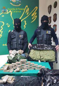 Gdf Catania sequestra 153 kg marijuana, tre arresti