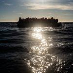Notte di sbarchi a Lampedusa, 686 migranti in un solo barcone